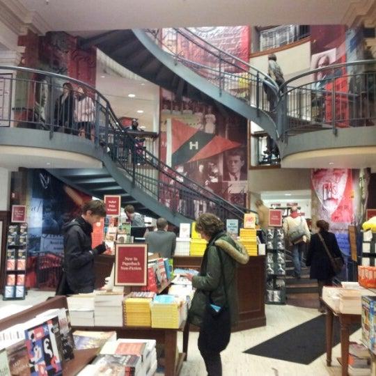 Photo taken at Harvard Coop Society Bookstore by Aleksandr Z. on 11/9/2012