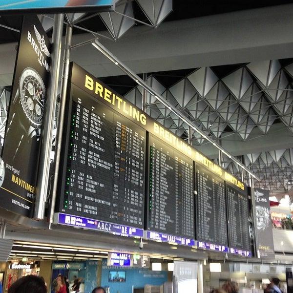 Das Foto wurde bei Frankfurt Airport (FRA) von Shawn D. am 7/7/2013 aufgenommen