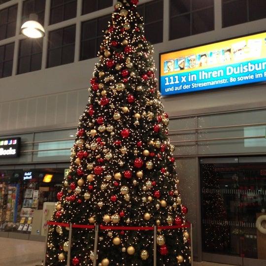 Photo taken at Duisburg Hauptbahnhof by Tim on 12/8/2012