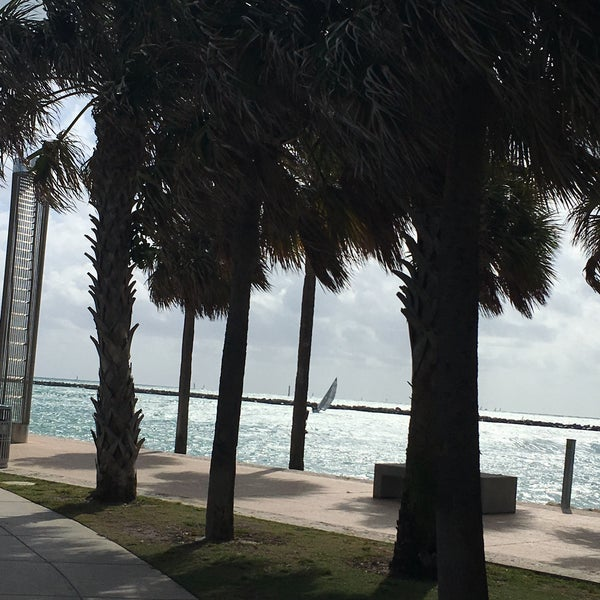 Photo taken at South Pointe Pier by Camila R. on 11/28/2016
