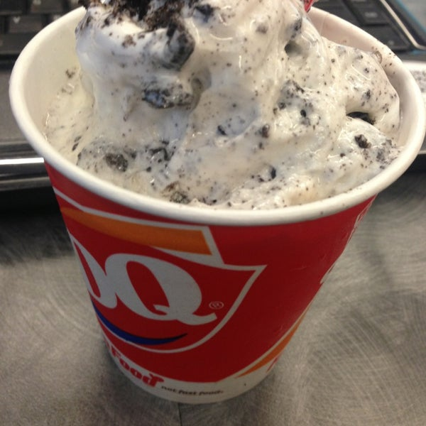 Photo taken at Dairy Queen by Edy H. on 9/17/2013