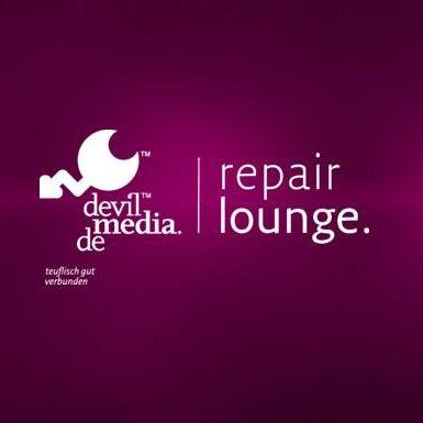 Das Foto wurde bei devilmedia repairlounge von devilmedia repairlounge am 6/3/2015 aufgenommen