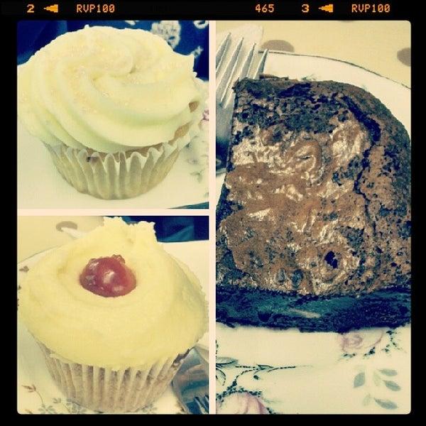 Photo taken at Cupcake Cafe by Graham C. on 2/6/2014