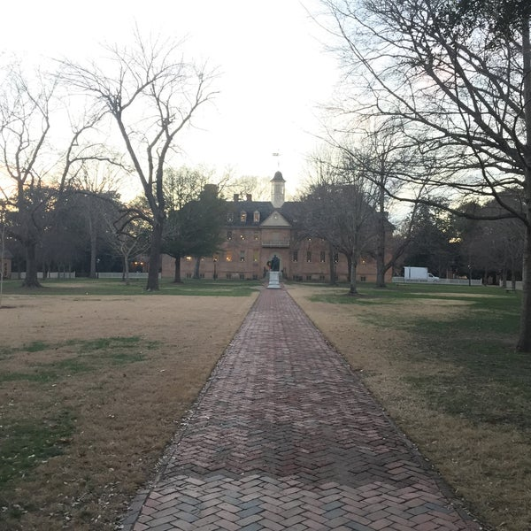 Photo taken at College of William & Mary Bookstore by Will R. on 12/18/2014