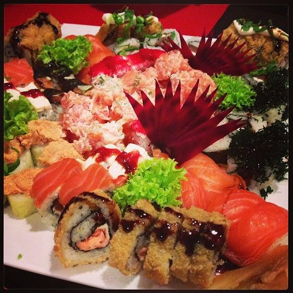 Foto tirada no(a) Hachi Japonese Food por PY em 5/8/2013
