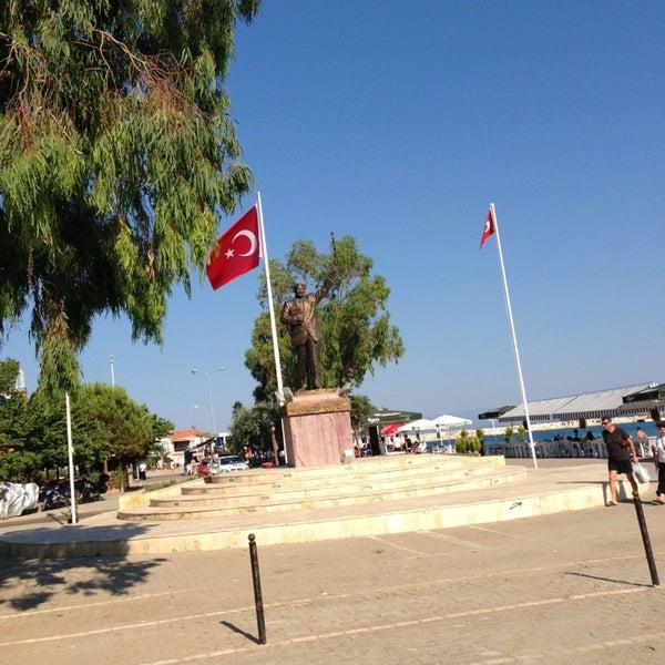 7/12/2013 tarihinde Sadik O.ziyaretçi tarafından Küçükkuyu Limanı'de çekilen fotoğraf