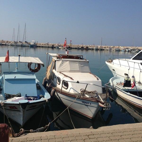 7/11/2013 tarihinde Sadik O.ziyaretçi tarafından Küçükkuyu Limanı'de çekilen fotoğraf
