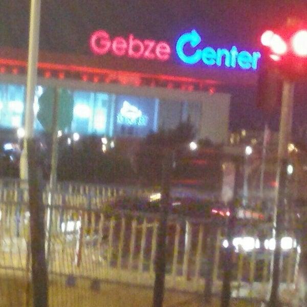 Photo taken at istanbul-gebze yolu by TC Kadir Ş. on 9/20/2015