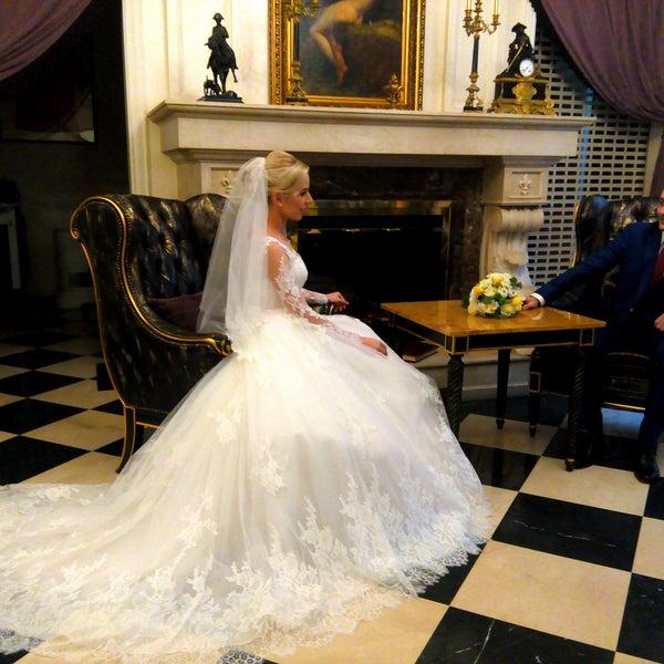 Красивый интерьер. Красивые фотографии... Всем советую для свадебной фотосессии. Видеооператор Наталья Гавриловаhttp://vk.com/svadbadp . звоните 097-857-32-53