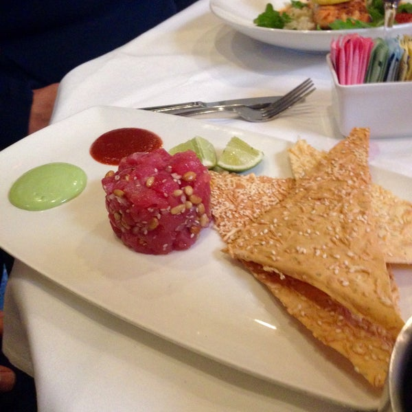 Photo taken at Al Biernat's Prime Steak & Seafood by Chris F. on 12/10/2014