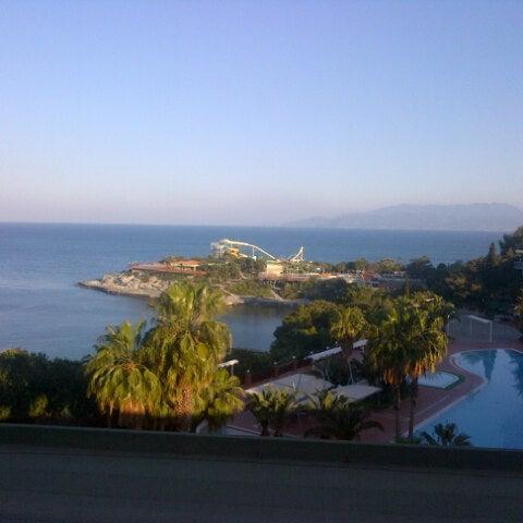 4/18/2013 tarihinde Oğuz Gürkan U.ziyaretçi tarafından Pine Bay Holiday Resort'de çekilen fotoğraf