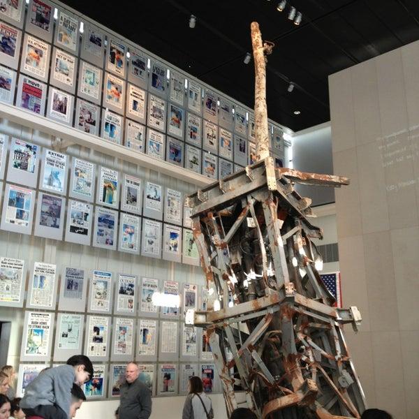 Foto tirada no(a) Newseum por John em 12/30/2012