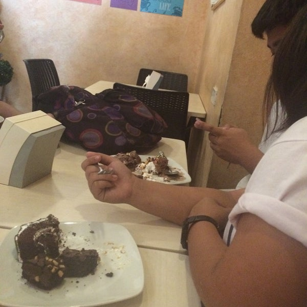 Photo taken at Love Desserts by Aira P. on 5/2/2016