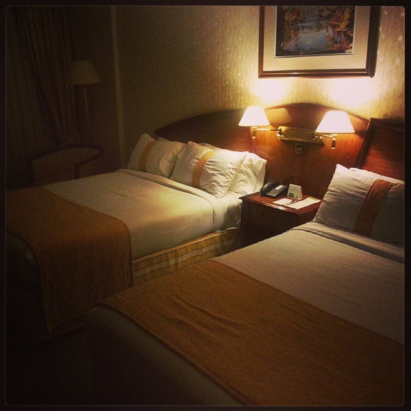 Foto tomada en InterTower Hotel por Luis G. el 9/9/2013