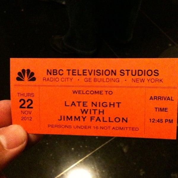 Foto tirada no(a) Late Night with Jimmy Fallon por Matthew S. em 11/22/2012