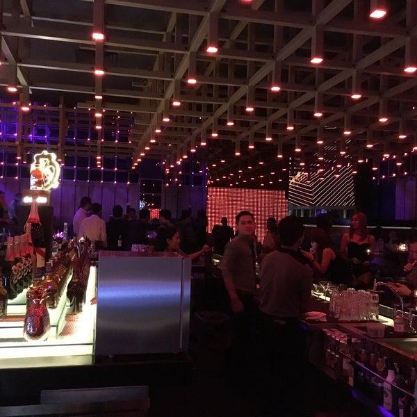Photo taken at BLOWFISH Kitchen & Bar by kanaya s. on 11/12/2016