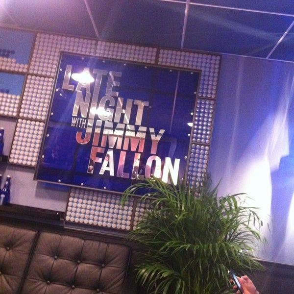 Foto tirada no(a) Late Night with Jimmy Fallon por Thomas M. em 12/18/2012