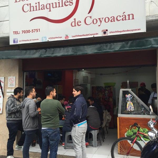 Los chilaquiles de coyoac n restaurante mexicano for Los azulejos restaurante mexicano