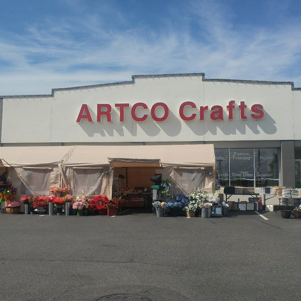 artco crafts arts crafts store in west end