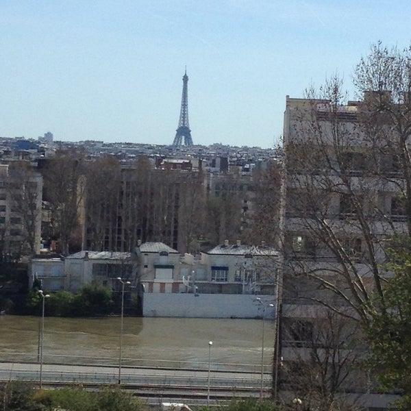 Kyriad paris ouest la d fense courbevoie h tel de ville courbevoie le de france for Piscine courbevoie