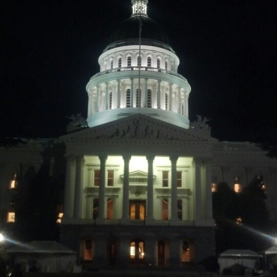 California state capitol building downtown sacramento for Anthony s italian cuisine sacramento