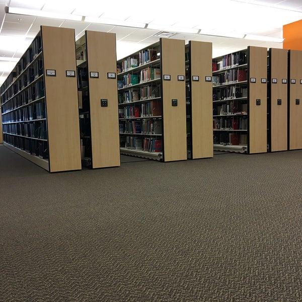 Photo taken at NSU: Alvin Sherman Library by Graeme R. on 4/19/2016
