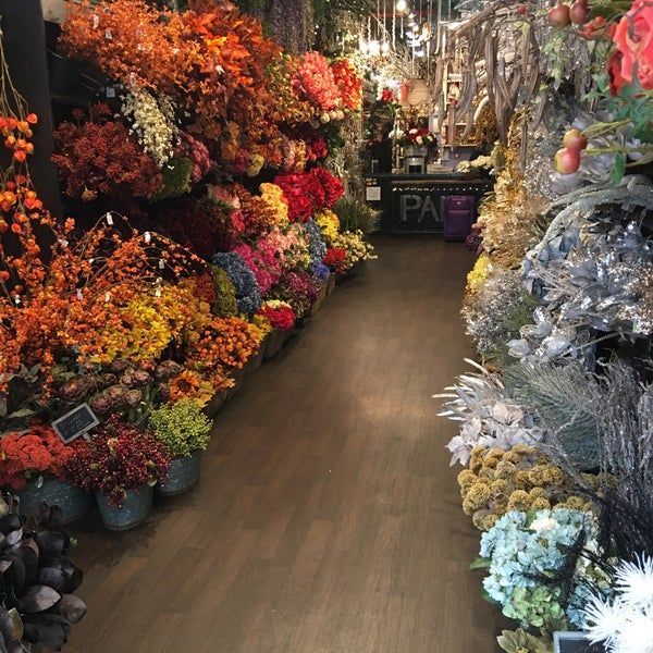 Photos at pany silk flowers chelsea 64 visitors photo taken at pany silk flowers by graeme r on 11272015 mightylinksfo