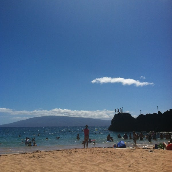 Photo taken at Sheraton Maui Resort & Spa by Alma A. on 8/18/2013