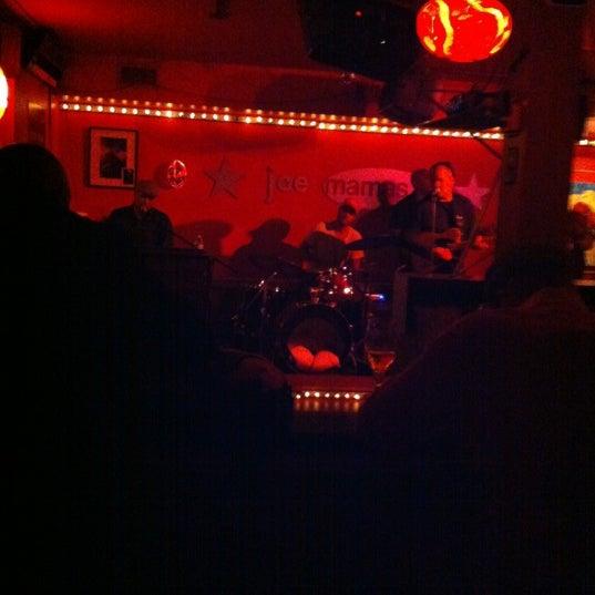 Photo taken at Joe Mamas by TorontoDrinksWeekly on 10/12/2012