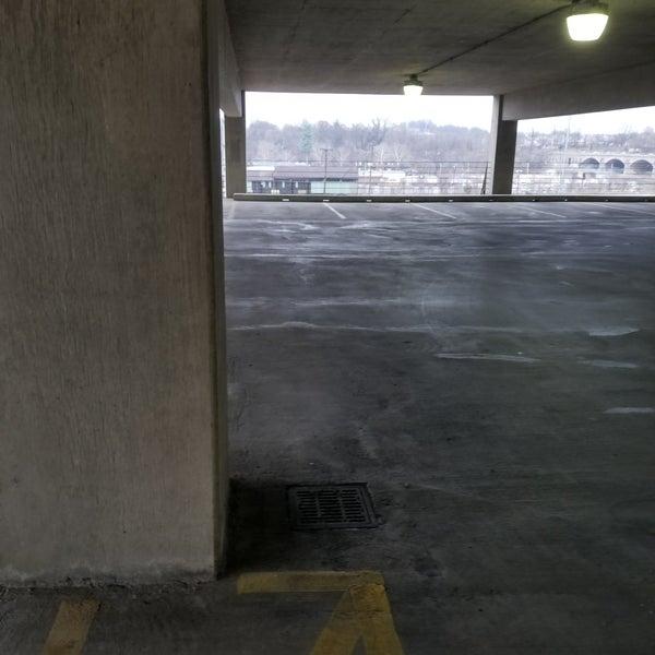7th Street Parking Garage