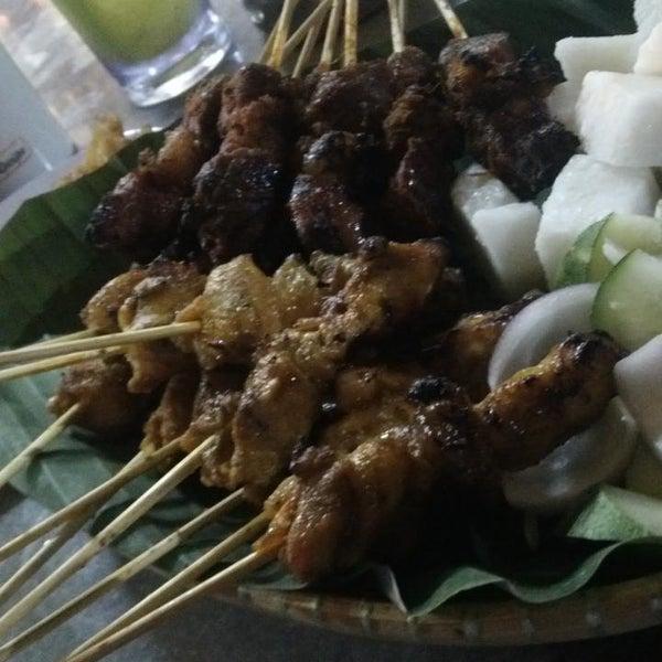 Foto tomada en Satay Station Original satay Recipe por Jumari P. el 9/20/2013