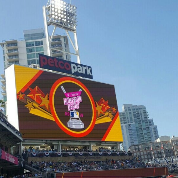 Can You Bring Food To Petco Park