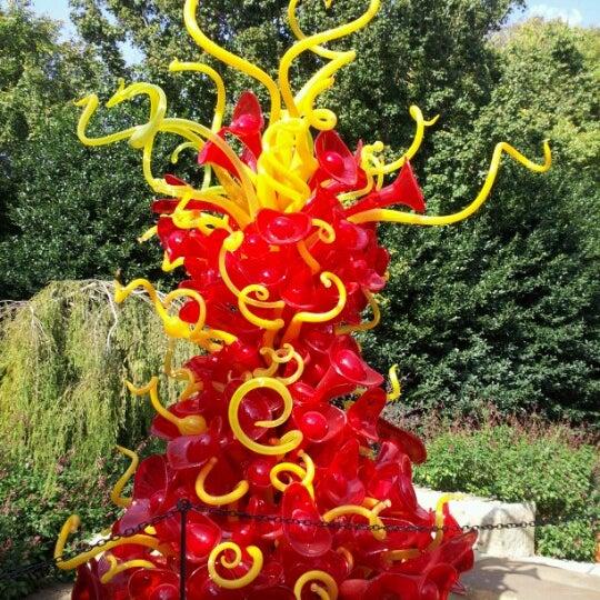 Foto tirada no(a) Dallas Arboretum and Botanical Garden por Trinh H. em 11/3/2012