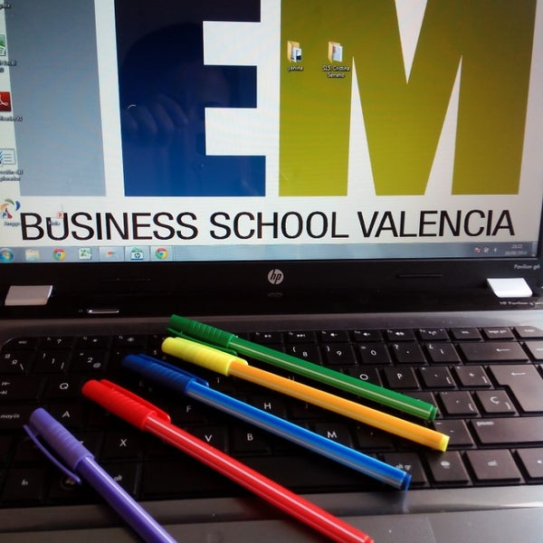 Foto tomada en IEM Business School por Loles S. el 6/16/2014