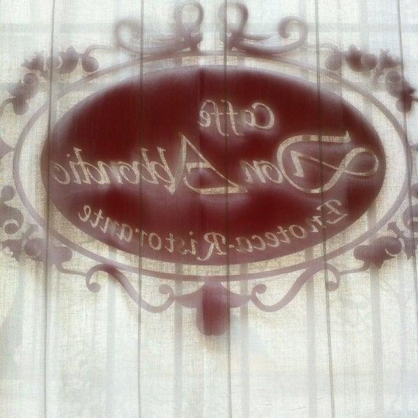 1/31/2013에 Denis R.님이 Enoteca Don Abbondio에서 찍은 사진