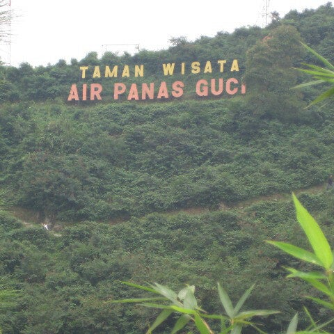 Photo taken at Taman Wisata Air Panas Guci by achmad s. on 7/10/2016