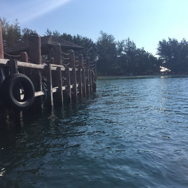 Photo taken at Manukan Island Jetty by Rasyiqah F. on 8/16/2015