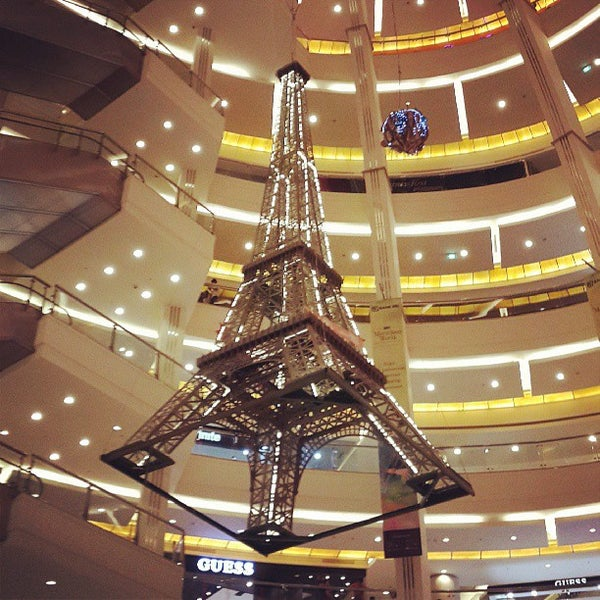 Photo taken at Pacific Place by गज gajahilosophy on 6/9/2013