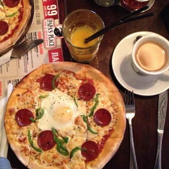 Снимок сделан в Papa's Bar & Grill пользователем Елена Б. 11/5/2012