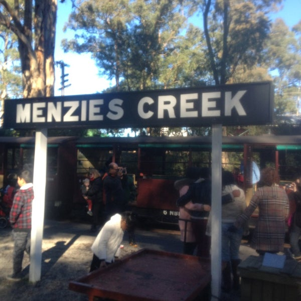 how to get to puffing billy
