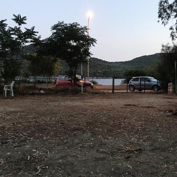 Das Foto wurde bei Olympos Mocamp Beach Club von Özgür A. am 6/18/2018 aufgenommen