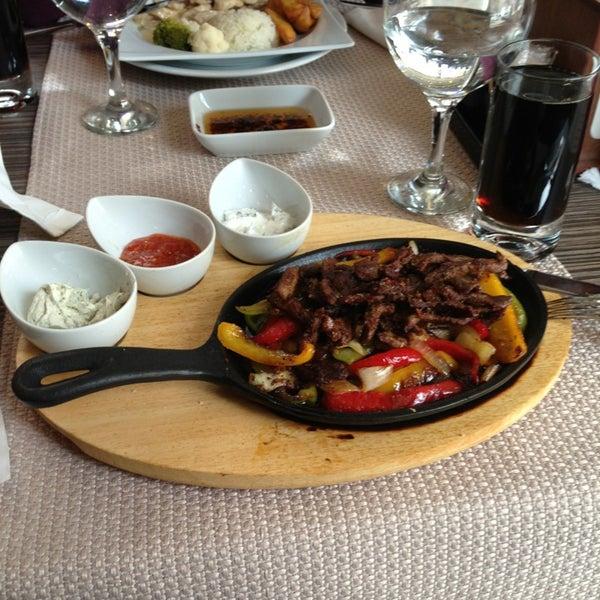 2/10/2013 tarihinde Ecem A.ziyaretçi tarafından Cheffy Dünya Mutfağı'de çekilen fotoğraf