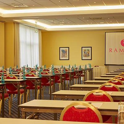 H4 hotel leipzig paunsdorf leipzig sachsen for Design hotel leipzig