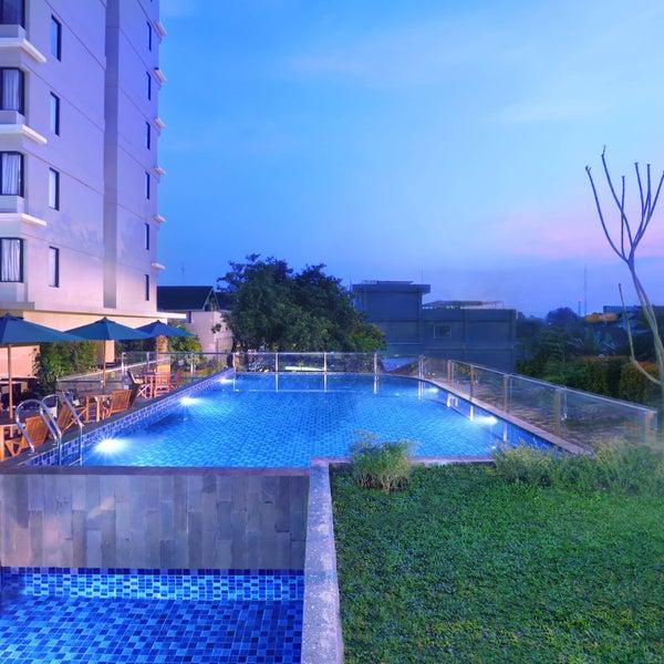 Hotel Neo + Awana