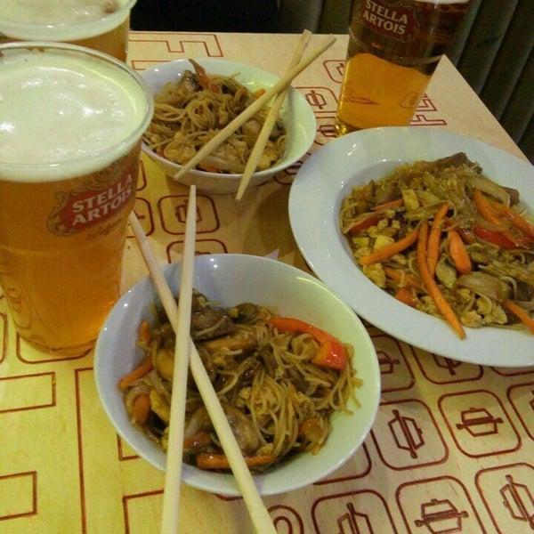 Снимок сделан в Woka Asia Food пользователем Julia M. 11/13/2016