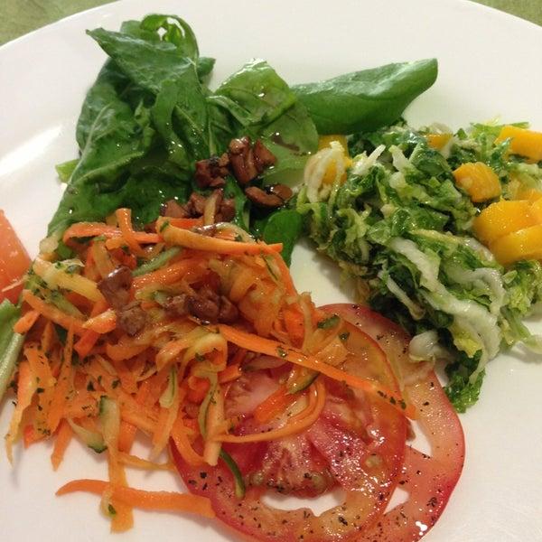 Foto tirada no(a) Limone Restaurante e Café por Andrea F. em 12/31/2012