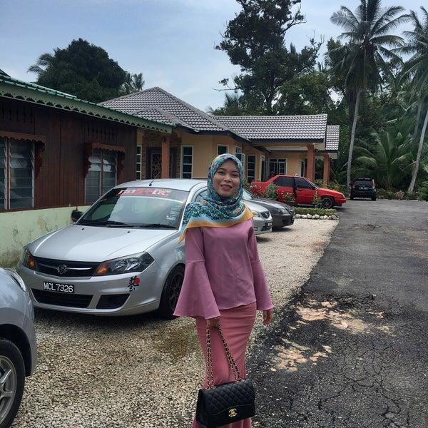 Photo taken at Pekan Merlimau by Nurul A. on 11/19/2016
