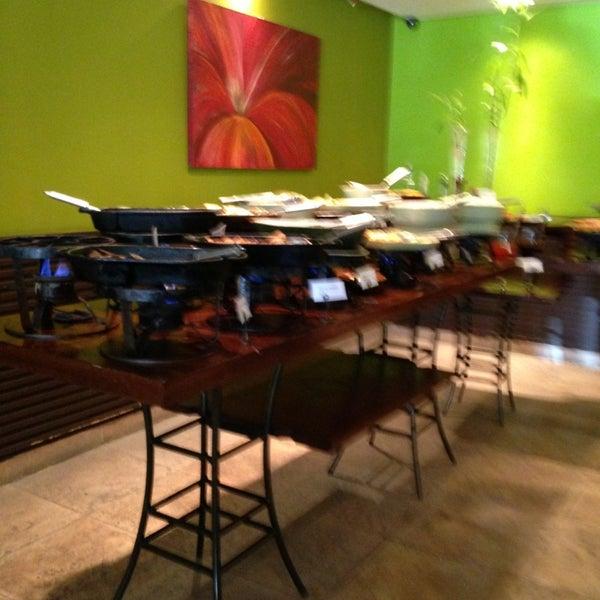 Foto tirada no(a) Limone Restaurante e Café por Ana Paula L. em 12/31/2012