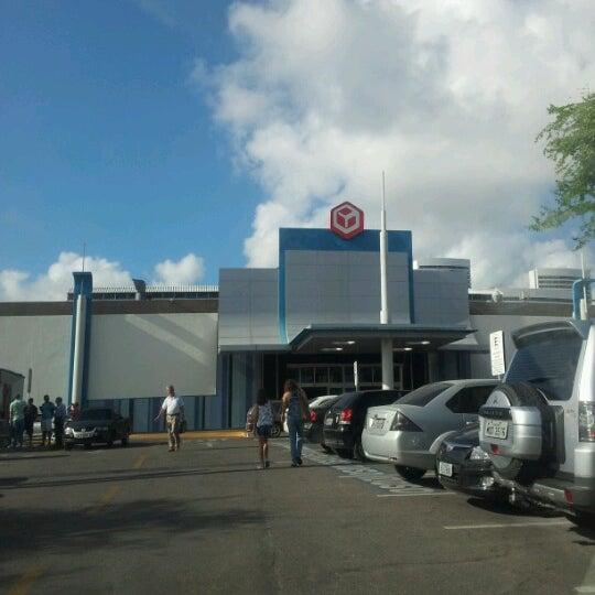 Photo taken at Shopping Recife by Sabrina B. on 9/28/2012