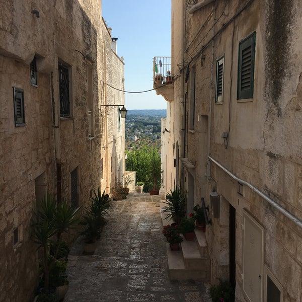 Cisternino - City